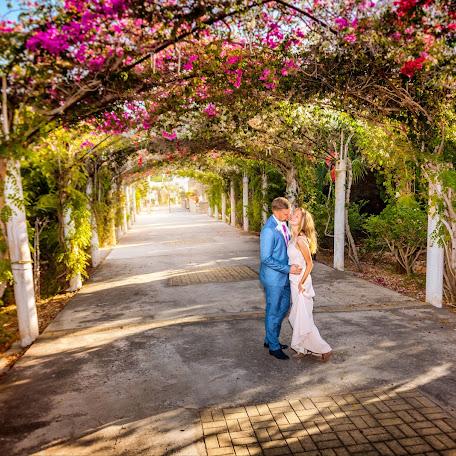 Wedding photographer Ildar Nailovich (Haba). Photo of 16.10.2017