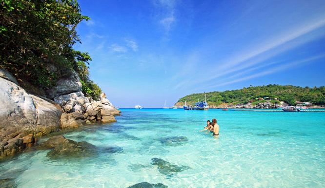 Vẻ tuyệt đẹp của biển Phú Quốc