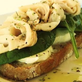 Mozzarella Bruschetta with Spinach and Chicken.