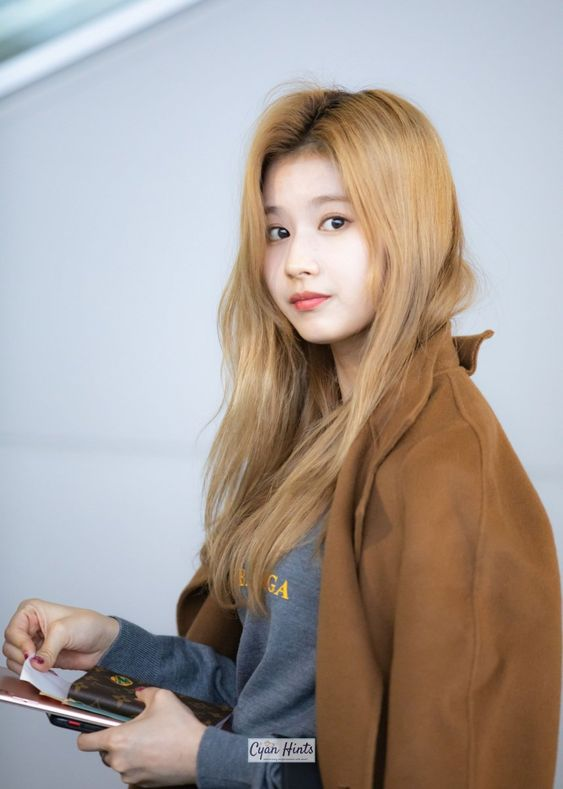 sana girlfriend 14