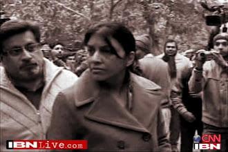 Photo: Talwars 'won over' prosecution witness, CBI tells court http://t.in.com/5r5R