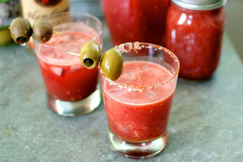 types_of_cocktails_bloody_marry_image