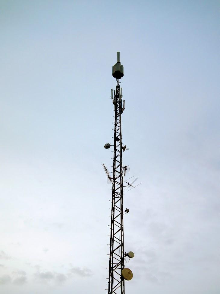 Hajdúböszörmény/Bocskai István tér 2. - helyi DVB-T adóállomás