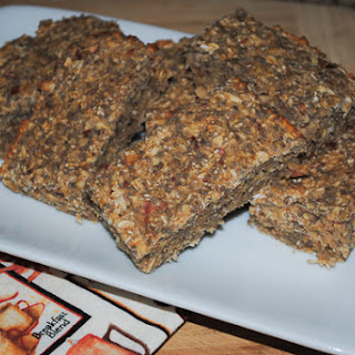 Homemade Energy Bars with Oats, Apple, Lemon, and Chia Seeds