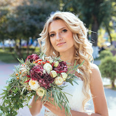 Wedding photographer Evgeniy Yakhutin (yakhutin). Photo of 06.05.2015