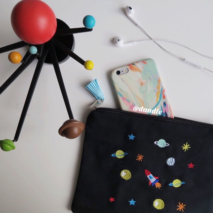 Space Pouch by dundle