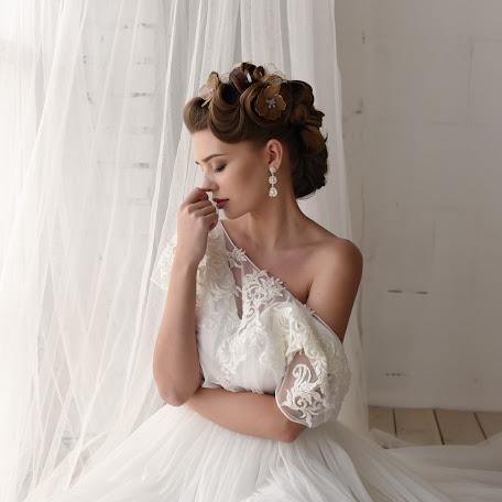 Wedding photographer Aleksandra Korzhavina (SashKoko). Photo of 08.06.2017