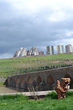 Photo: The Dicle Bridge in Amed