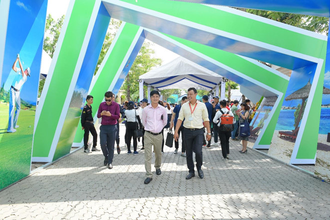 Hon 12.000 luot khach tham quan trien lam BDS Novaland Expo hinh anh 3