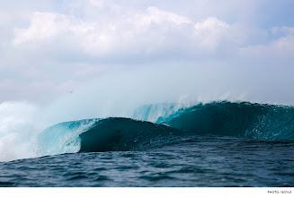 Photo: Pipeline, Hawaii. Photo: Noyle #Surfer #SurferPhotos
