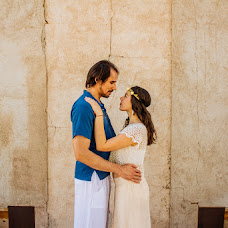 Wedding photographer Cris Adones (crisadones). Photo of 19.09.2014