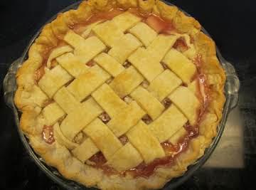 Old Fashioned Rhubarb Pie