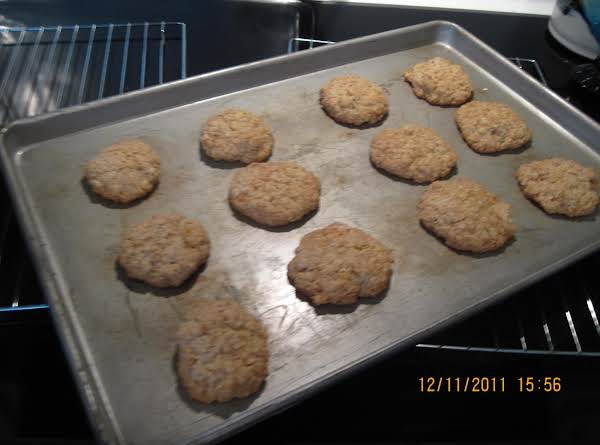 White Chip Apricot Oatmeal Cookies Recipe