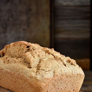 Easy 5-Ingredient Whole Wheat Beer Bread Recipe