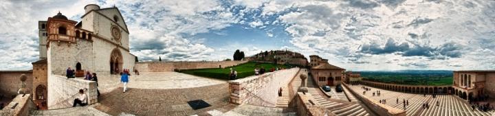 Assisi 360 di Andrea Izzotti