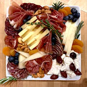 3  Pieces Meat & 3 Pieces Cheese Plate