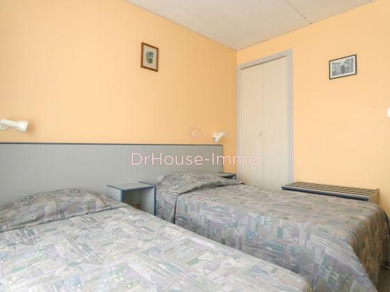Vente maison 20 pièces 560 m2