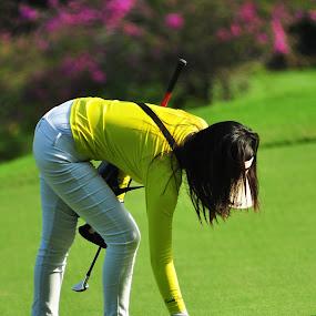 kuning-kuning 1 by Ahmad Yahya - Sports & Fitness Golf ( kuning, sport, golf )