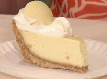 The Best Pie in America - Sittin' on a Sandbar Key Lime Pie