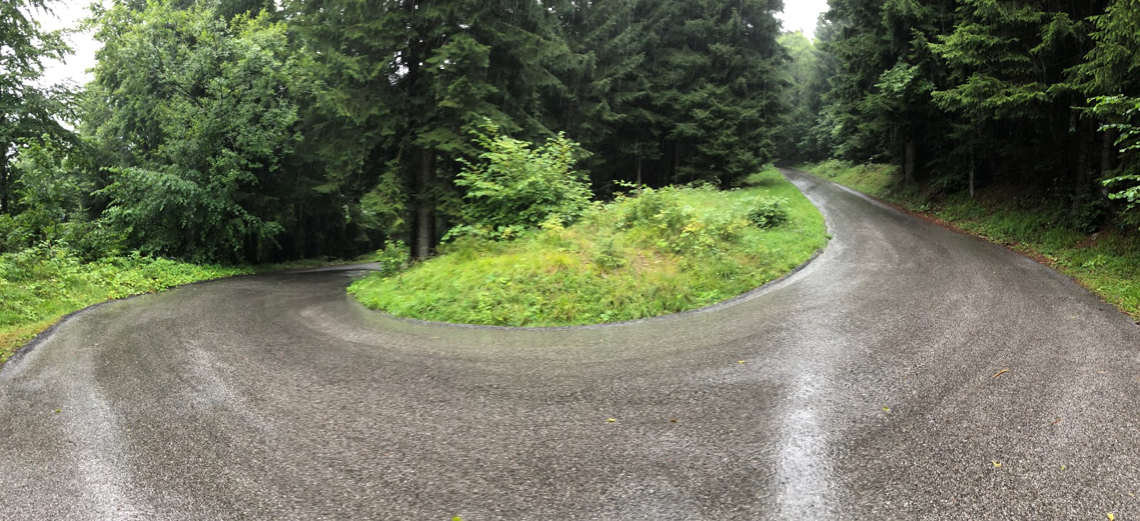 Cycling Passo della Forcella - hairpin turn