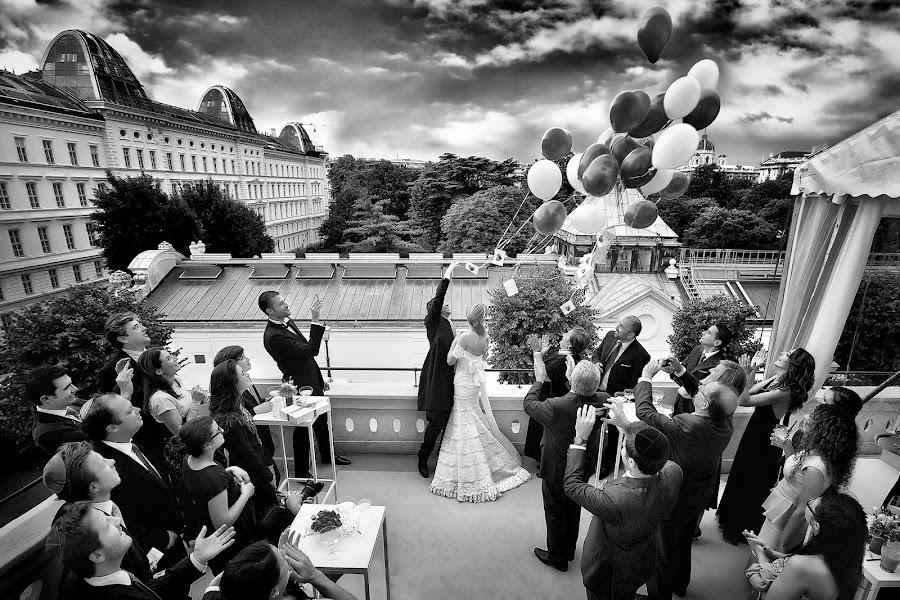 Wedding photographer Elena Haralabaki (elenaharalabaki). Photo of 07.04.2016