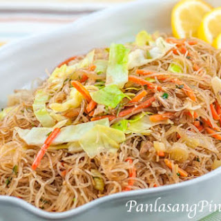 Chicken Pancit Medley