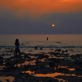 Sunset at Andaman islands by Pritam Sharma - Landscapes Sunsets & Sunrises ( landscapes, landscape photography, ocean, nature, island, sunset, girl, sea, landscape,  )