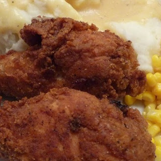 Fried Chicken with Creamy Gravy