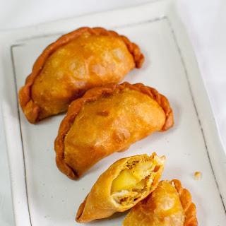 Chilli Tuna Curry Puffs + Nuffnang Lovin' Ayam Brand Event.