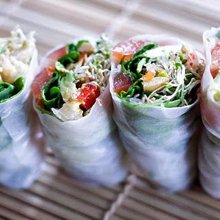 """Easy Vegan Cold Rice Paper Rolls with Chickpea """"Tuna"""" & Grilled Portobello"""