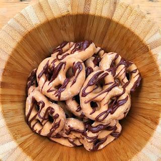 Peanut Butter Cup Pretzels
