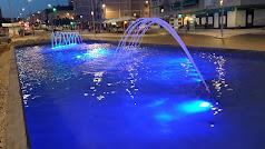 Las fuentes se iluminarán de azul en la ciudad.