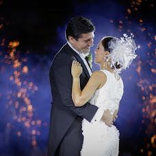 Wedding photographer Gil Garza (tresvecesg). Photo of 22.11.2017