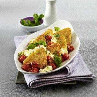 Röstiecken-Auflauf mit Kirschtomaten und Schafskäsecreme (4 Zutaten 1 Gericht)