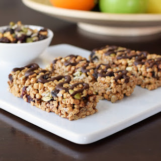 Chewy Trail Mix Cereal Bars