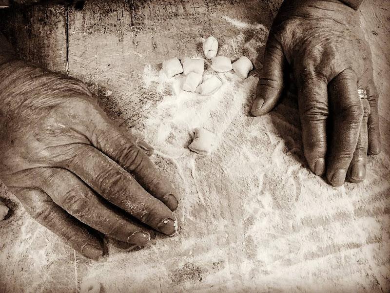 mani sapienti  di Vale87