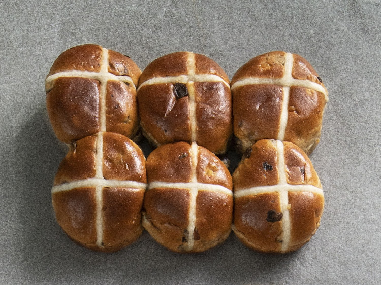 Woolworths Traditional Hot Cross Buns.