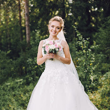 Wedding photographer Sergey Grinev (Grinev). Photo of 04.08.2016
