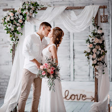 Wedding photographer Elena Lipatnikova (Smolic). Photo of 27.03.2017