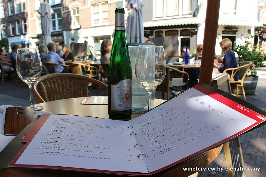 apostolhoeve, apostolhoeve auxerrois, auxerrois, wine, wijn, white wine, vino , vino bianco, wine bar olanda, ristorante olanda, vino olandese, dutch wine, salad, insulate, light lunch, wine bar holland, wine bar amsterdam, boelen & boelen, wijn bar, wijnbar boelen & boelen , wijnbar amsterdam, menu