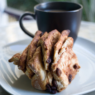 Cinnamon-Raisin Pull-apart Bread.