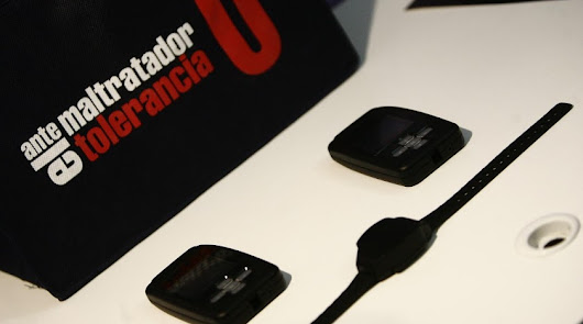 Imagen de archivo de una pulsera telemática de alejamiento