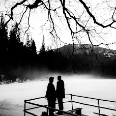 Wedding photographer Vitaliy Melnik (vitaliymelnik). Photo of 16.03.2016