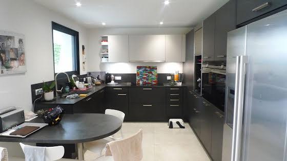 Vente villa 5 pièces 240 m2