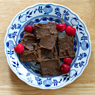 Healthy Avocado Chocolate Fudge