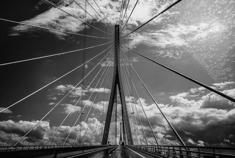 le Pont de Normandie di bi