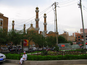 Photo: The towers in the background belong to a bazaar called Dabazha. It was a rather dusty bazaar in 2004, but has now become very commercialized and touristy.