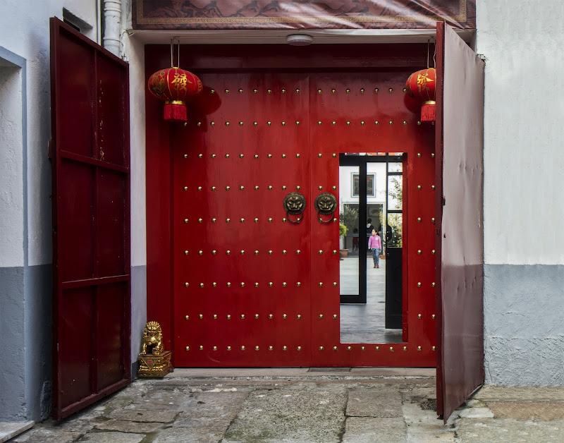 la porta rossa di angart71