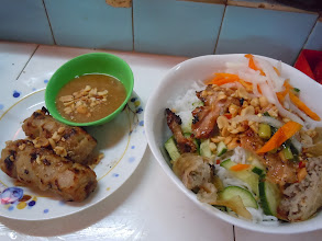 Photo: Bun thit nuong and grilled sausage at Ben Thanh Market in Saigon