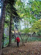 Photo: Aufgrund einer Wegsperre irren wir  einige Zeit durch den Wald.